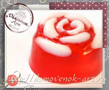 Мыло в виде розы из основы, мини-вариант