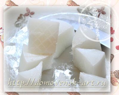 recept-myla-v-vide-konfety-spirali-slivochnye-borozdki