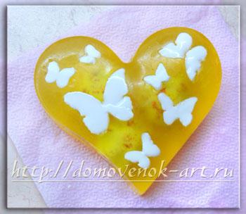 мыло из основы с сердцем и цветами