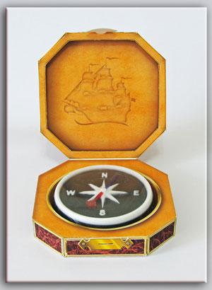 mylo-kompas-v-korobochke