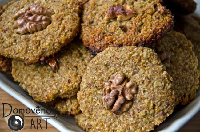 Печенье из овсяных хлопьев с орехами. Пошаговый рецепт