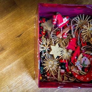 Новогодние игрушки из дерева своими руками