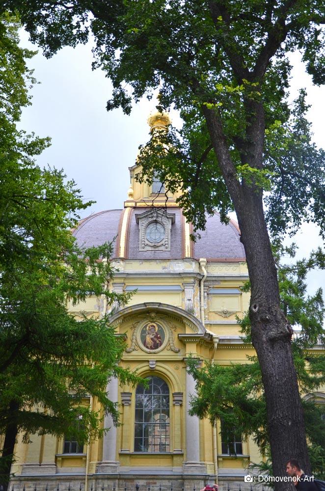 Усыпальница членов семьи Романовых в Петропавловской крепости. Санкт-Петербург
