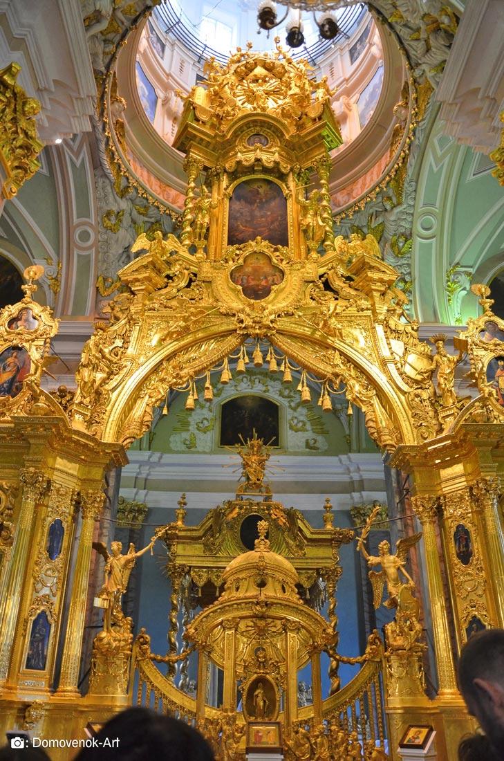Иконостас Петропавловского собора. Санкт-Петербург