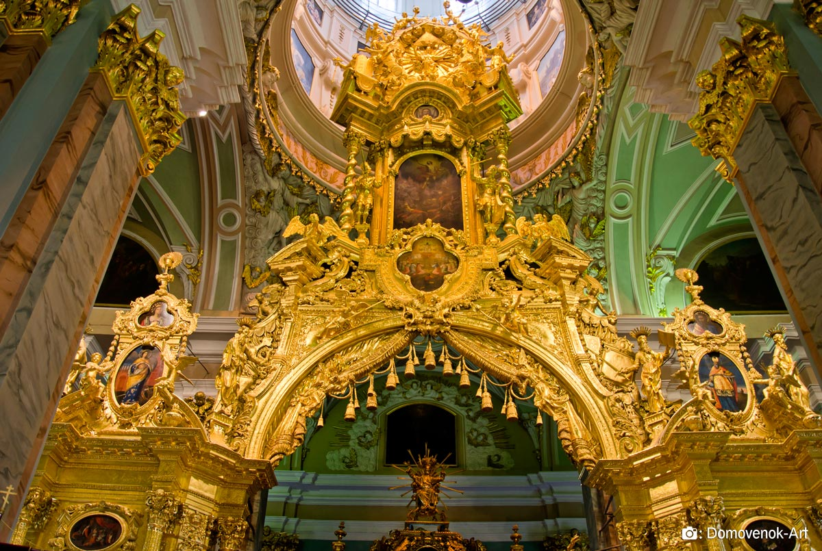 Фрагмент иконостаса. Петропавловский собор