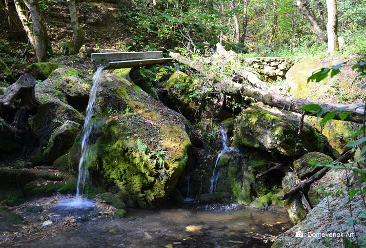 Водопад в Строенцах