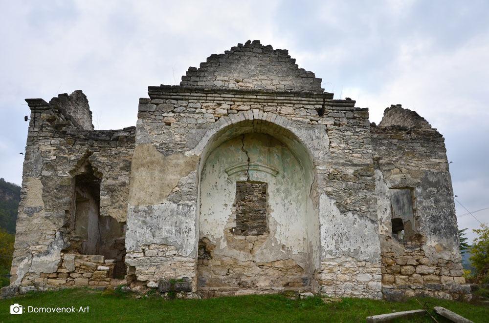 Руины Покровской церкви. Рашков